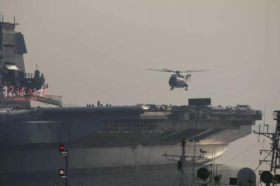 国产航母首次起降直升机