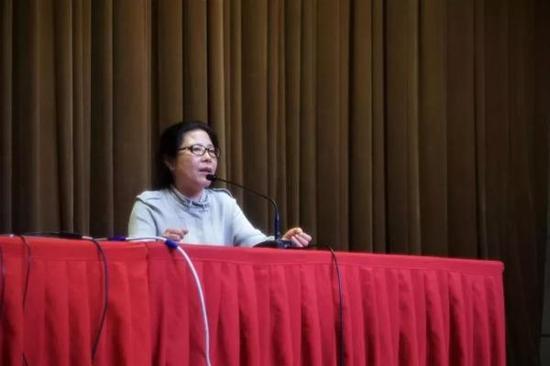 艺术学部戏剧影视学院副院长关玲教授