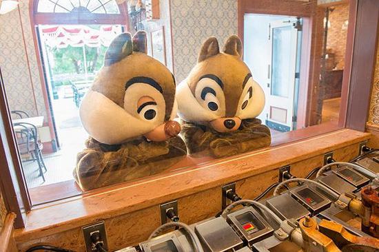 奇奇蒂蒂现已称为迪士尼乐土里的人气王。
