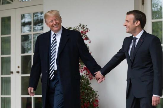 图片为马克龙赴美国访问时与特朗普会面资料图。(图片来源:美媒)