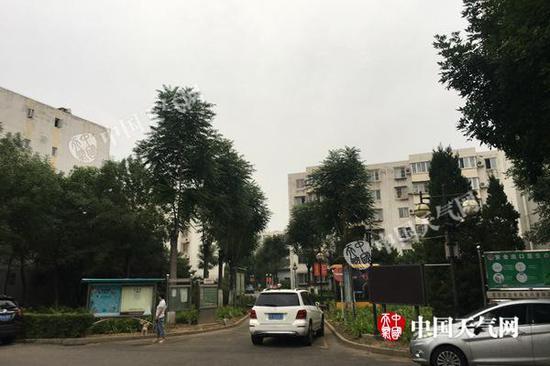 强降雨来袭 北京今有大到暴雨伴有雷电