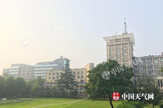 北京高温黄色预警中 今起4天现持续高温闷热升级
