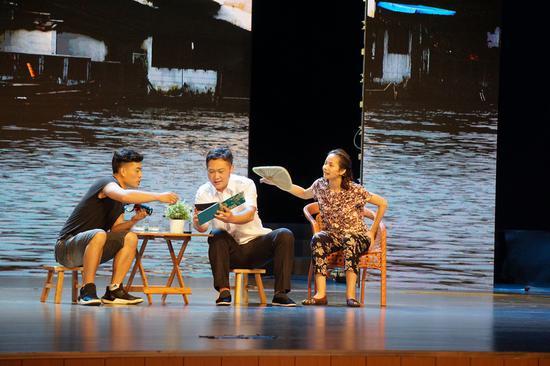 """8月15日,""""千年韵·万象河""""大运河文化之旅在北京市通州区文化馆启动。图为情景剧《运河情》 千龙网记者 高骞摄"""