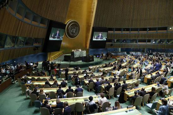 6月13日,聯合國大會緊急會議在位於紐約的聯合國總部舉行。 (新華社)