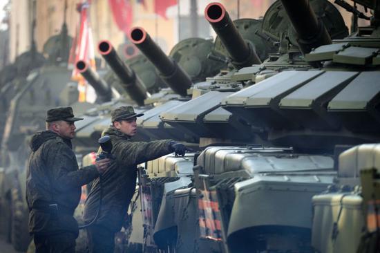 中国共产党中央政治局常务委员会中国参加俄史上最雄师演 背后藏着这几大爆裂看点|中国|俄罗斯|军演