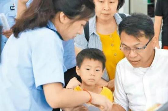 国台办:居住证受台胞欢迎 已有超2.2万人申领