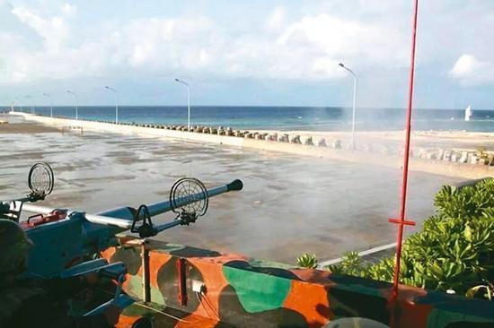 ▲臺軍在太平島部署的40高炮射擊畫面(圖片源自臺媒)