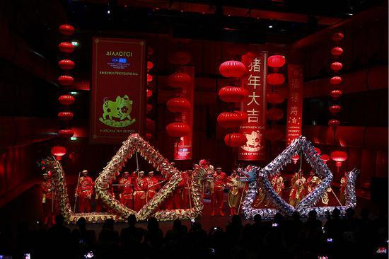 充滿中國元素的舞臺
