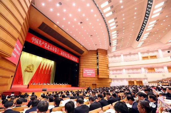 北京市委十二届八次全会召开 蔡奇主持并讲话