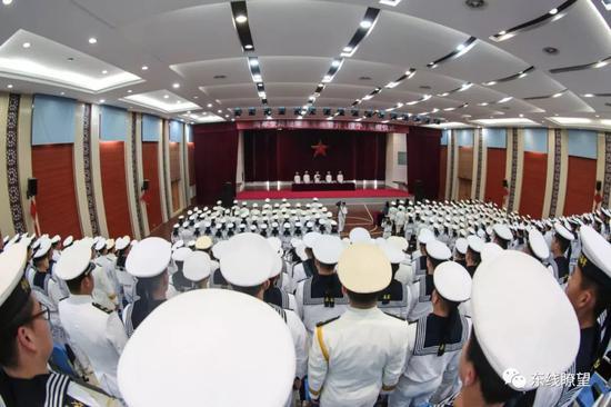 ▲东部战区海军某登陆舰支队。