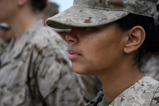 作戰前線的海軍陸戰隊女兵