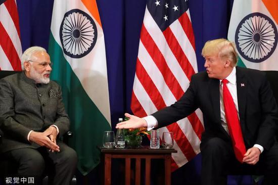 ▲资料图片:2017年11月13日,美国总统川普(右)与印度总理莫迪举行双边会晤。