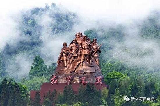 红军万岁雕塑(来源:网络)