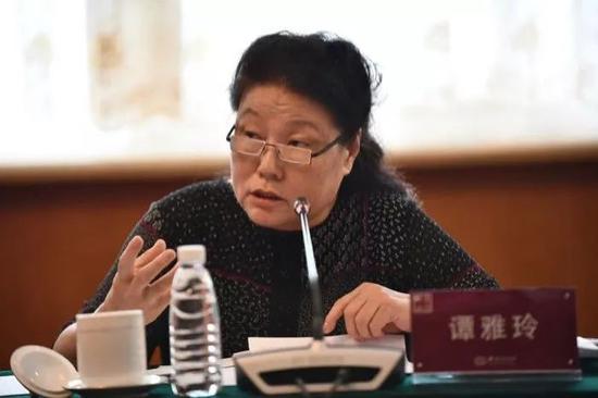 专家:三大因素支撑中国经济稳定