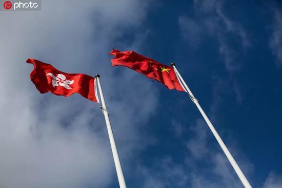 港媒:香港旅游零售业数据全面下跌