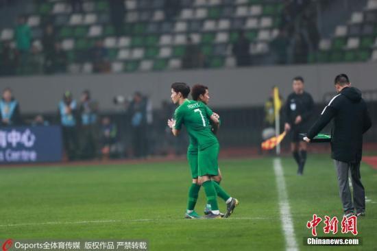 材料图:中国足球回化球员第一人侯永永初次表态。图片滥觞:Osports部分育图片社