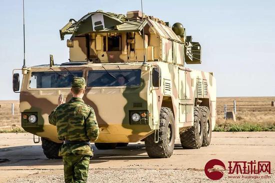 """俄罗斯""""道尔-M2""""防空系统"""