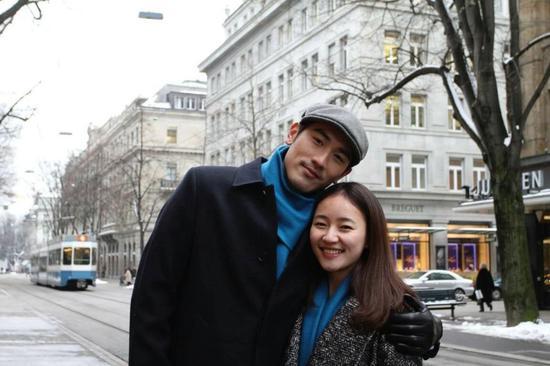 「5npycom」德国夫妇放弃高薪来中国15年挽救了五百多孩子,国人看到全感动了