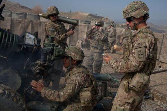 2011年,美国士兵在阿富汗(图源:纽约时报)