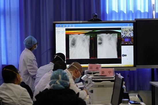 武汉协和医院西院连线现场。