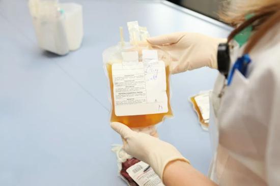 《美国科学院院报》刊发论文:康复者血浆疗法安全、有效