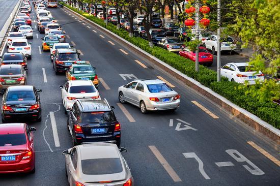 「摩天登录」北京公交专用道如何跑出摩天登录专用速度图片