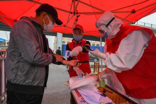 吉林舒兰:400多名志愿者冲锋在防疫一线图片