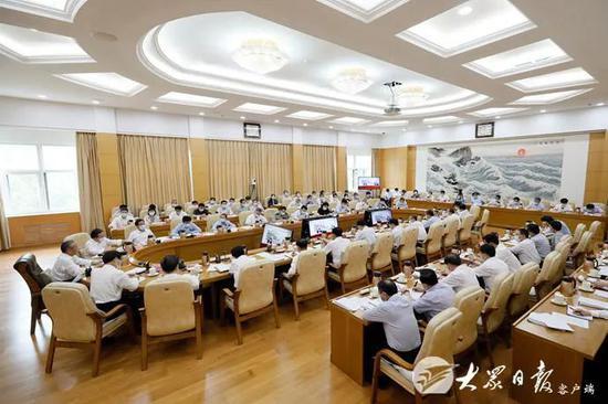 两会闭幕 这几位省级党委书记为什么还未离京?