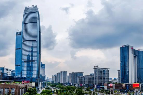 摩天平台后这城房价涨幅也超摩天平台深圳官方图片