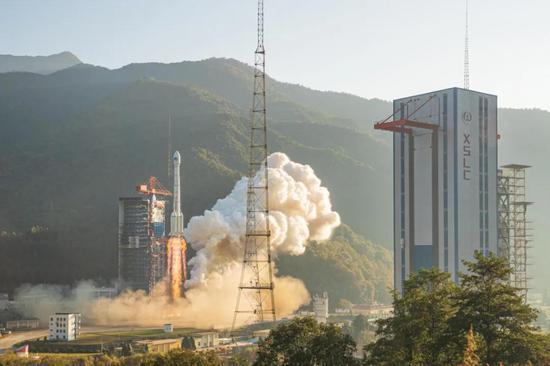 ▲2019年11月23日,我国乐成发射两颗   北斗。。。三号环球组网卫星。