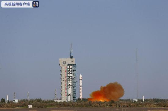 我国成功发射试验六号02星图片