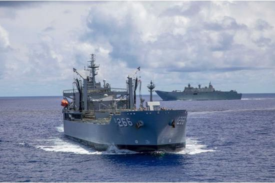 杏悦澳准航母杏悦舰队靠近南沙群岛一度与中国海军图片