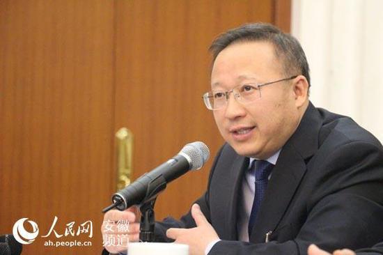 内蒙古党委常委、秘书长张韶春担任自治区政府党组副书记图片