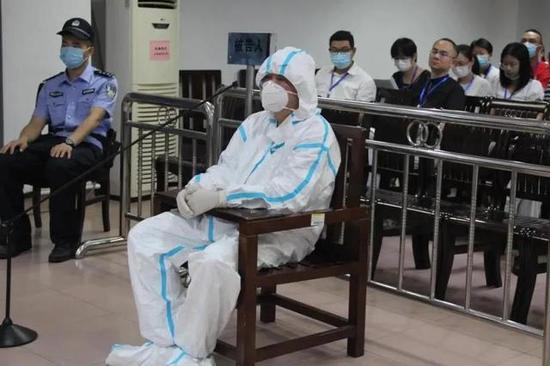 欧阳旭在益阳市中级人民法院受审。
