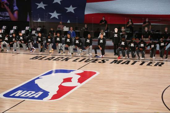 """被扣上""""政治组织""""帽子 NBA过去48小时经历了什么?"""