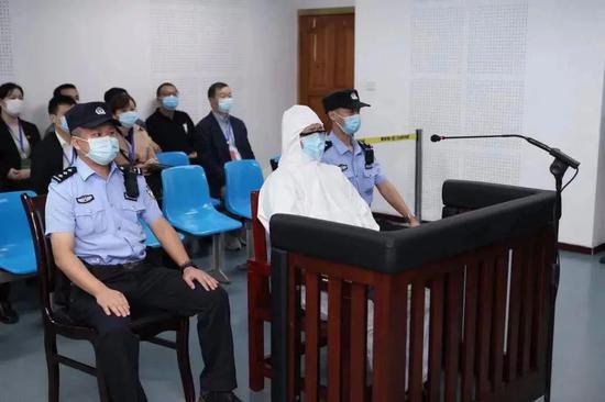 """文强当年保护的重庆""""黑老大"""",被揪回国内判了死刑图片"""
