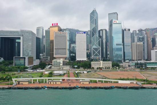 """中区军用码头移交香港驻军 为何是""""历史性一刻"""""""