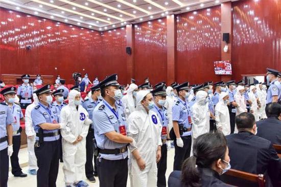 7月30日,尚同军、吴先耀一审被法院判正法刑。