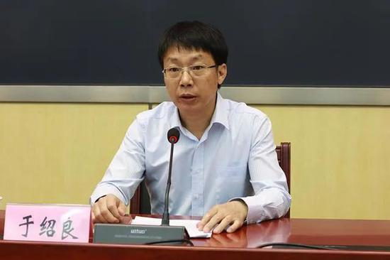 """从""""国社""""走出去的中候补,履新上海市委副书记图片"""