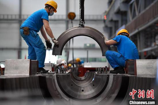 前10月全国规模以上工业企业利润50124.2亿 同比增0.7%图片