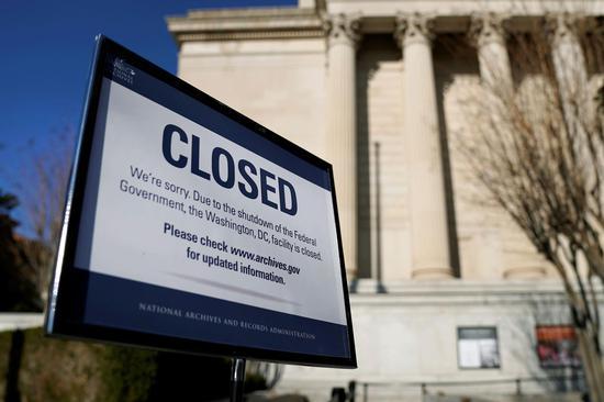 """美政府再面临""""停摆""""危机 又是因为""""缺钱"""""""