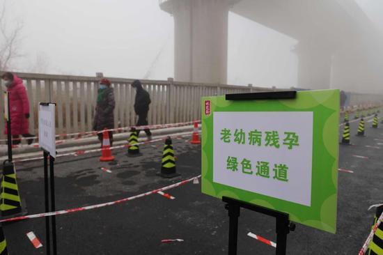 北京大兴启动第二轮全员核酸检测,排队等候时间缩短了