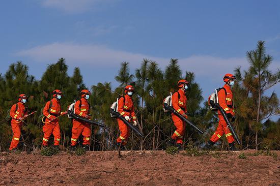 春节期间局地森林草原火险等级高,9万消防力量保持战备状态图片