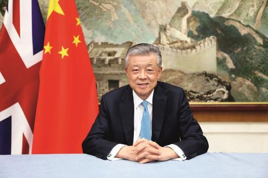 """被西方媒体称为""""战狼鼻祖""""的刘大使,靠""""三套武器""""赢对手?图片"""