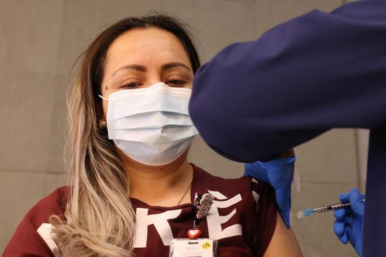 加拿大一诊所注射新冠疫苗时出错 6人被注射生理盐水