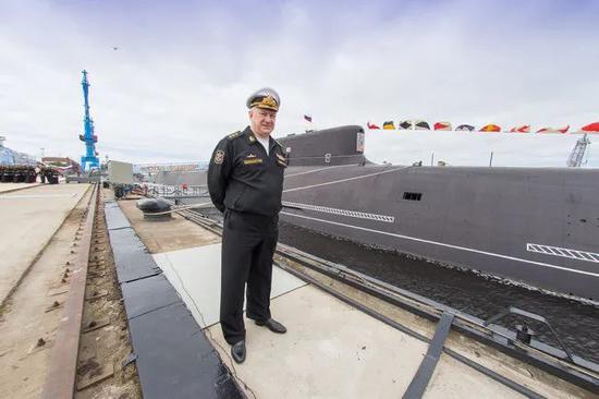 被普京重用的海军总司令 亮剑背后有段憋屈史?
