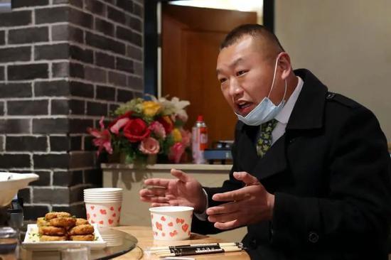 """""""快走,病毒来了"""",病愈者曾被邻居疏远…解封一年多,武汉人如何心理脱敏?图片"""