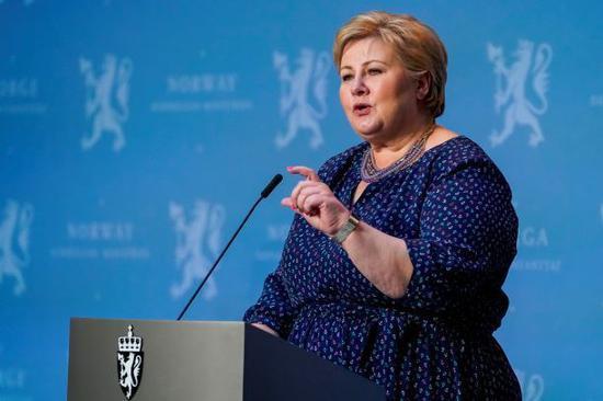 挪威首相:将停止使用阿斯利康新冠疫苗