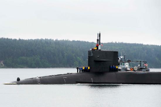 美国一核潜艇上33名士兵被送往医院 2人急性呼吸窘迫