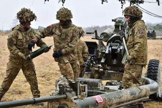 ▲在欧洲进行演习的美军炮兵